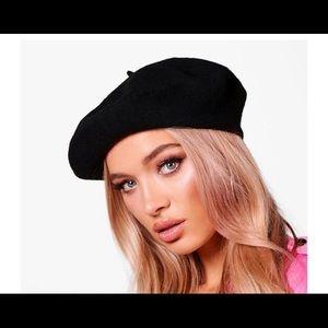 New beret hat